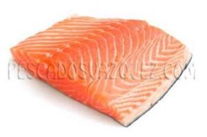 salmon noruego al corte